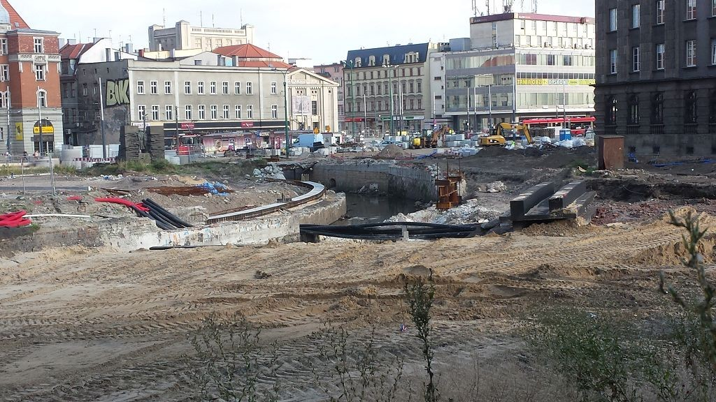 Rawa across Katowice market square during reconstruction about 2013