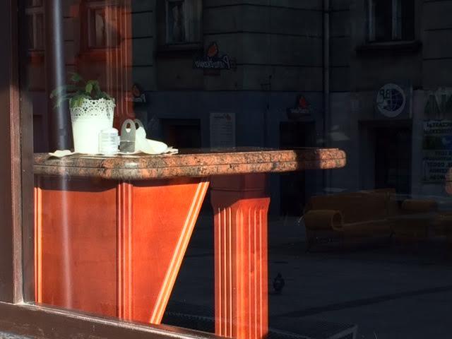bar at golden horn