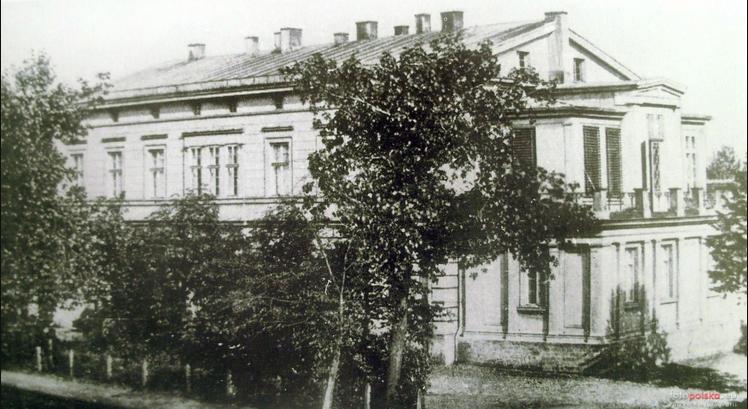 the castle 1930s